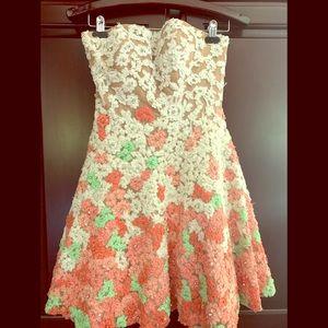 Beautiful Sherri Hill cocktail dress in a size 4!